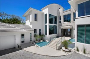 , 5 Extravagant Waterfront Homes in Florida